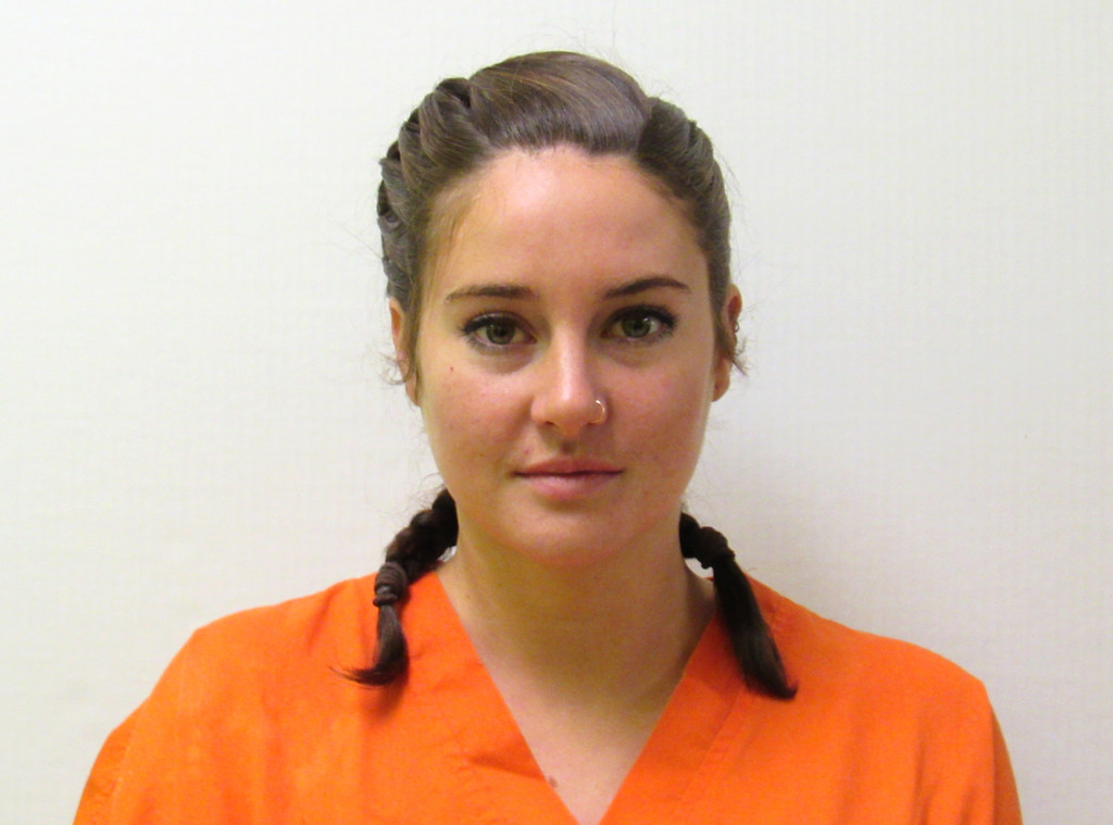 rs_1024x759-161010171500-1024-shailene-woodley-mugshot-ms-101016