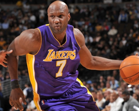 Lamar Odom back in rehab